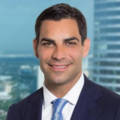Alcalde Francis Suarez (PRNewsfoto/Palmetto Clean Technology, Inc.)